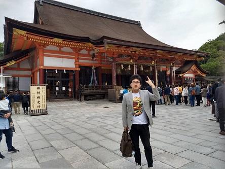 八坂神社本堂