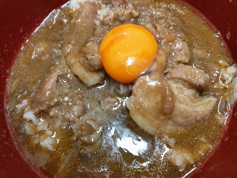 卵 on 豚丼もどき