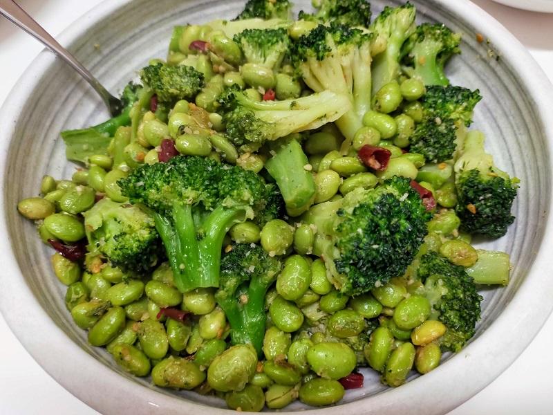 枝豆ブロッコリーペペロンチーノ